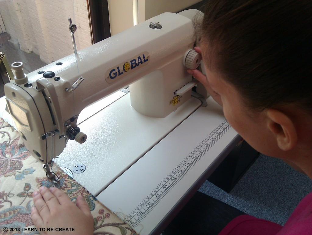 Operating Industrial sewing machine - VET